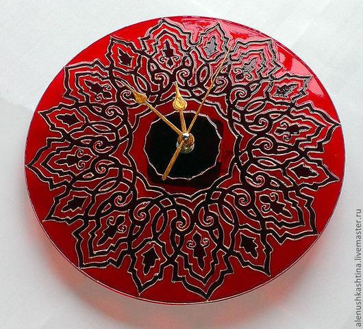 """Часы для дома ручной работы. Ярмарка Мастеров - ручная работа. Купить Часы настенные """"Турецкие мотивы"""". Handmade. Ярко-красный"""