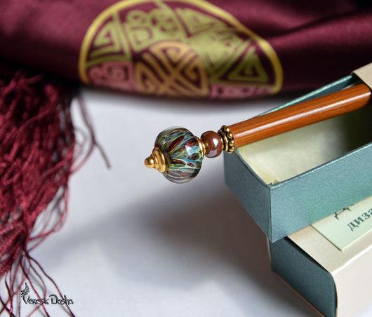 Шпилька, палочка для волос `Шоколадная орхидея`. Заколка канзаши. Лаконичное и стильное украшение для длинных волос.  Автор Даша Вереск