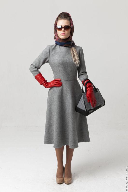 платье платье из шерсти платье с пышной юбкой платье на подкладке наша девочка очень худенькая,она 40-го размера, а платье  демонстрирует чуточку большего человеческого нормального размера)))))