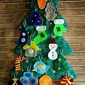 Куклы и игрушки ручной работы. Ярмарка Мастеров - ручная работа Елка с игрушками из фетра. Handmade.