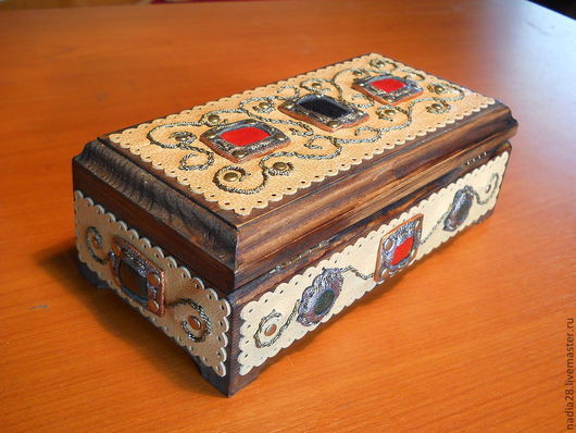 Шкатулки ручной работы. Ярмарка Мастеров - ручная работа. Купить Шкатулка из дерева, отделанная кожей. Handmade. Шкатулка, оригинальный подарок