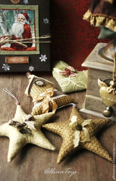 Новогодний интерьер. Текстильные подвески. Елочные игрушки ручной работы. Новый год. Винтаж
