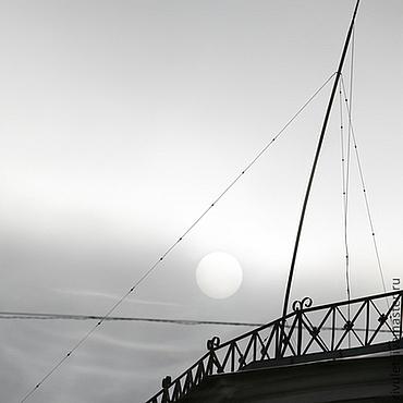 Картины и панно ручной работы. Ярмарка Мастеров - ручная работа Aбстрактная черно-белая фотография, морская тема «Солнечный парус». Handmade.