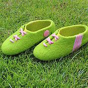 """Обувь ручной работы. Ярмарка Мастеров - ручная работа Домашние тапочки """"Привет 90-м!"""". Handmade."""