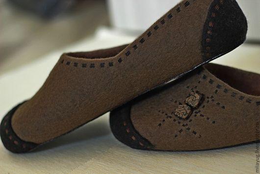 """Обувь ручной работы. Ярмарка Мастеров - ручная работа. Купить """"Американо"""" мужские валяные тапочки. Handmade. Коричневый, мужские тапочки"""