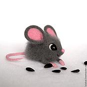 Куклы и игрушки ручной работы. Ярмарка Мастеров - ручная работа Мышка Глашенька, валяная игрушка. Handmade.