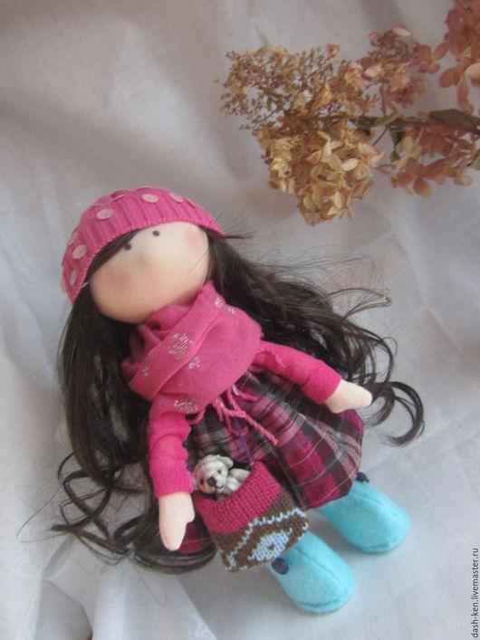 Коллекционные куклы ручной работы. Ярмарка Мастеров - ручная работа. Купить Анюта. Handmade. Фиолетовый, вязаная сумка, войлок