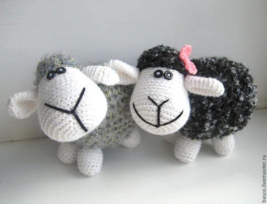 Игрушки животные, ручной работы. Ярмарка Мастеров - ручная работа. Купить Вязаные овечки. Handmade. Овечка игрушка, овечка в подарок