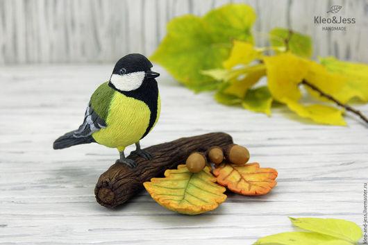 """Статуэтки ручной работы. Ярмарка Мастеров - ручная работа. Купить Интерьерная композиция """"Синица на ветке"""" (птичка синичка, птица). Handmade."""