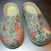 """Обувь ручной работы. Ярмарка Мастеров - ручная работа Тапки валяные женские """"Цветочный узор"""". Handmade."""