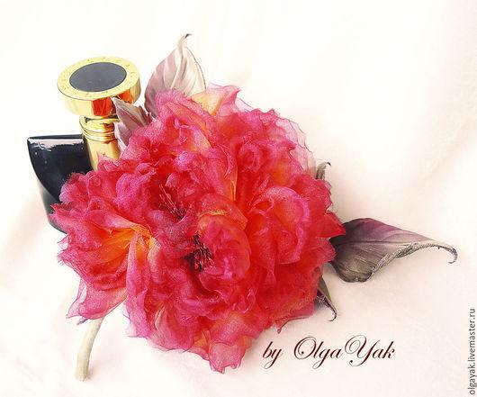 Броши ручной работы. Ярмарка Мастеров - ручная работа. Купить Цветы из ткани. Цветы из шелка. Роза Дакота. Handmade.