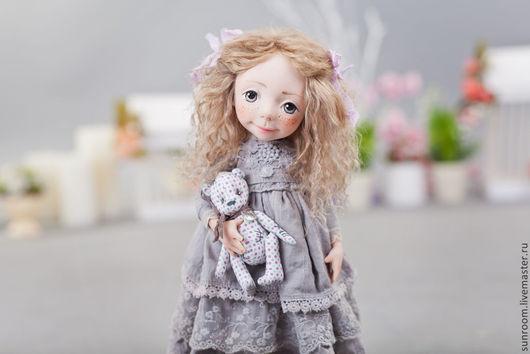 Коллекционные куклы ручной работы. Ярмарка Мастеров - ручная работа. Купить Валери. Handmade. Серый, кукла с мишкой, мех, лама