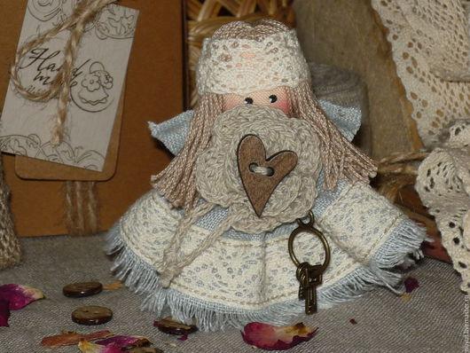 Броши ручной работы. Ярмарка Мастеров - ручная работа. Купить Хранитель ключей... Ангел в стиле Бохо Брошь льняная куколка. Handmade.
