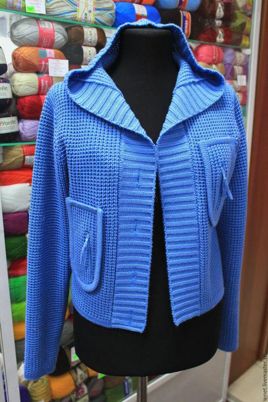 Пиджаки, жакеты ручной работы. Ярмарка Мастеров - ручная работа. Купить Кардиган жакет женский вязаный с капюшоном и карманами. Handmade.