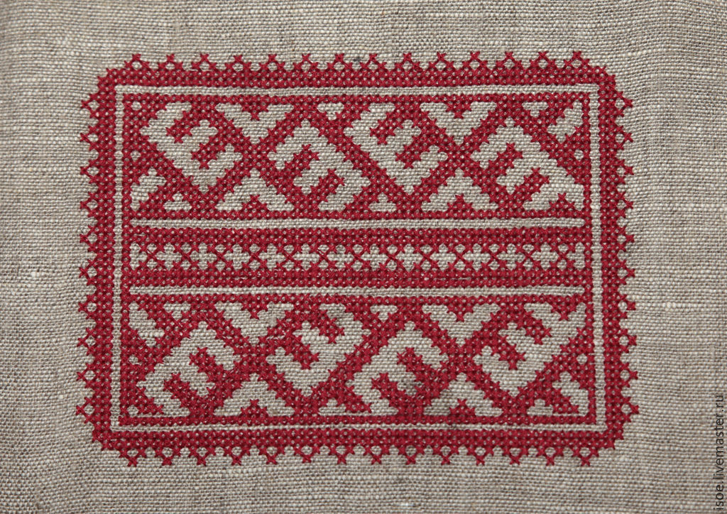 Сумочка со славянским красным орнаментом (лен, вышивка)