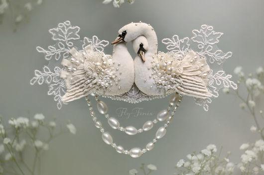 """Свадебные украшения ручной работы. Ярмарка Мастеров - ручная работа. Купить """"Жемчужные Лебеди"""" - украшение-трансформер. Handmade. Лебедь, белое"""