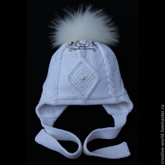Шапки и шарфы ручной работы. Ярмарка Мастеров - ручная работа. Купить детская теплая мериносовая шапочка с косами. Handmade.
