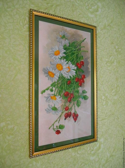 Картины цветов ручной работы. Ярмарка Мастеров - ручная работа. Купить Цветочно-ягодный букет. Handmade. Вышивка бисером
