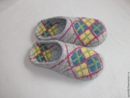 """Обувь ручной работы. Ярмарка Мастеров - ручная работа. Купить Тапочки """"Домашний уют 43"""". Handmade. Бежевый, тапочки домашние"""