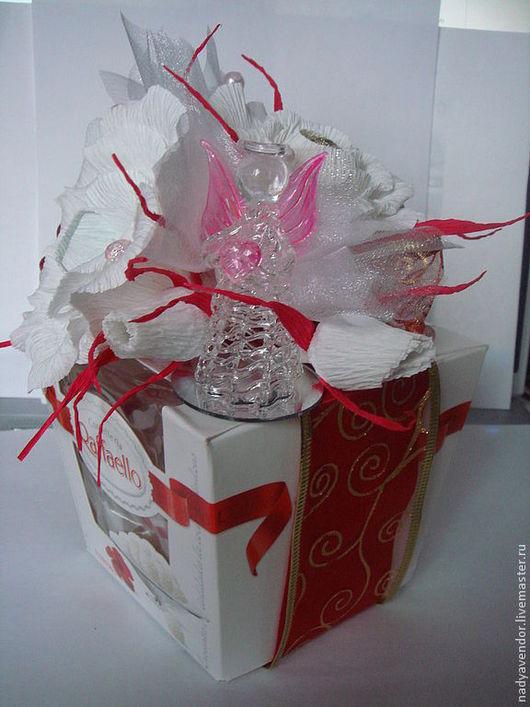 Конфеты в подарочной упаковке отличный презент.Надежда ярмарка мастеров.