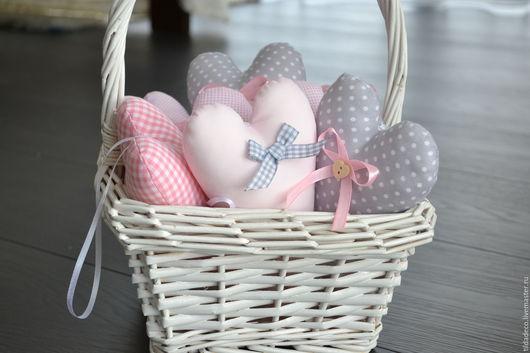 Подарки для влюбленных ручной работы. Ярмарка Мастеров - ручная работа. Купить Текстильне сердечки. Handmade. Бледно-розовый, Декор