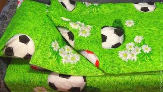 """Текстиль, ковры ручной работы. Ярмарка Мастеров - ручная работа. Купить Комплект детского постельного белья в кроватку """"Футбол"""". Handmade."""