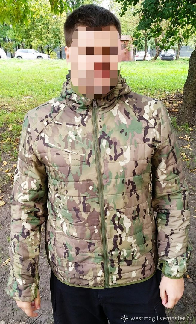 Демисезонная куртка-бомбер Multicam с капюшоном. Ткань: 100% полиэстер микро рип-стоп. Пропитка: Тефлон. Инновационный утеплитель: Shelter Micro SLK