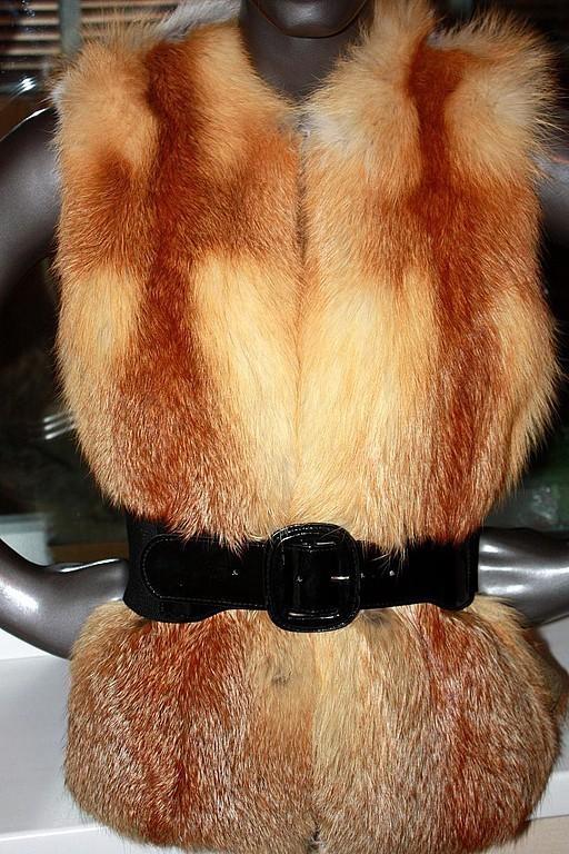 Жилеты ручной работы. Ярмарка Мастеров - ручная работа. Купить Рыжий меховой жилет из лисы. Handmade. Жилетка, forestfox