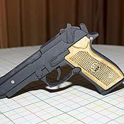 Другое бутафорское оружие ручной работы. Ярмарка Мастеров - ручная работа Макет стреляющий пистолета BERETTA M9. Handmade.