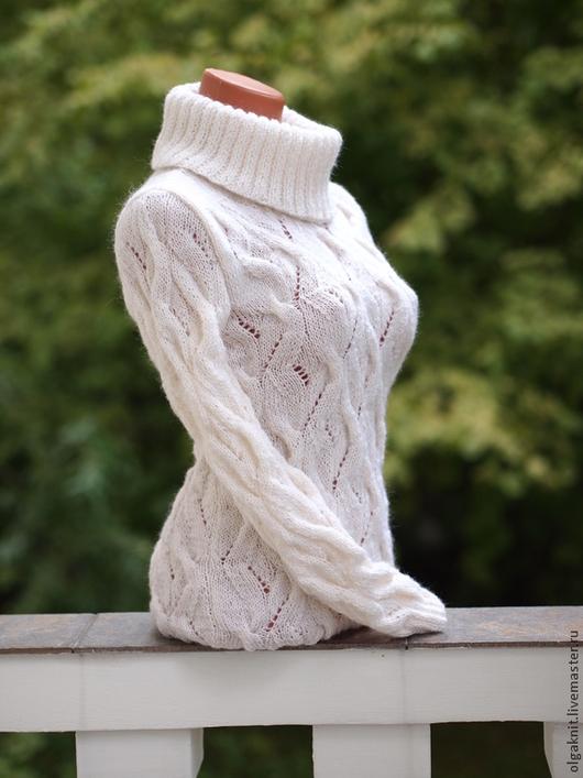 """Кофты и свитера ручной работы. Ярмарка Мастеров - ручная работа. Купить Шерстяной свитер """"Осень-зима"""". Handmade. Белый"""