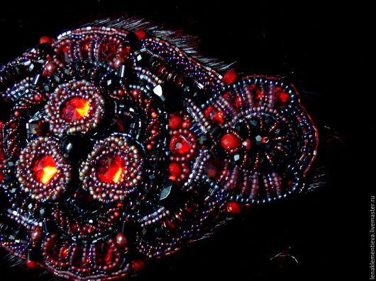 Броши ручной работы. Ярмарка Мастеров - ручная работа. Купить Красное и Черное. Handmade. Бордовый, красное и черное, сваровски swarovski