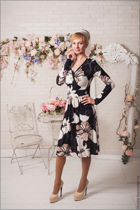 Платье миди цветочное. NK Style. Интернет-магазин Ярмарка Мастеров. Цветочный, вискоза, полиэстер.