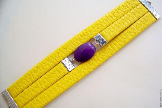 Браслеты ручной работы. Ярмарка Мастеров - ручная работа. Купить Желтый браслет  из кожи с камнями Желто-фиолетовый Затмение. Handmade.