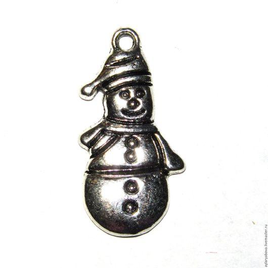 Для украшений ручной работы. Ярмарка Мастеров - ручная работа. Купить Подвеска металлическая снеговик. Handmade. Серебряный, для скрапа, снеговик