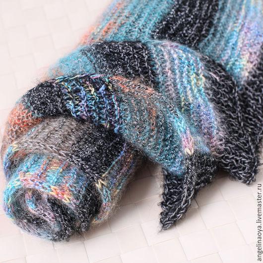 Шарфик Нэмо -  прекрасный зимний подарок ! Подойдет и мужчине и девушке, мягкий , теплый, оригинальный, уютный :) Широкий, слегка пушистенький, из смешанной пряжи - бамбуковой, мохера с шелком и шерст