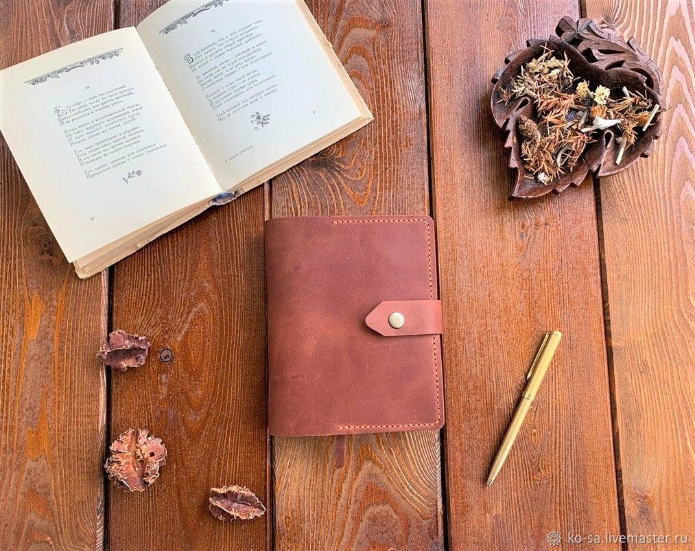 Блокнот из натуральной кожи А6 ручной работы  с пришитыми карманами, Блокноты, Севастополь,  Фото №1