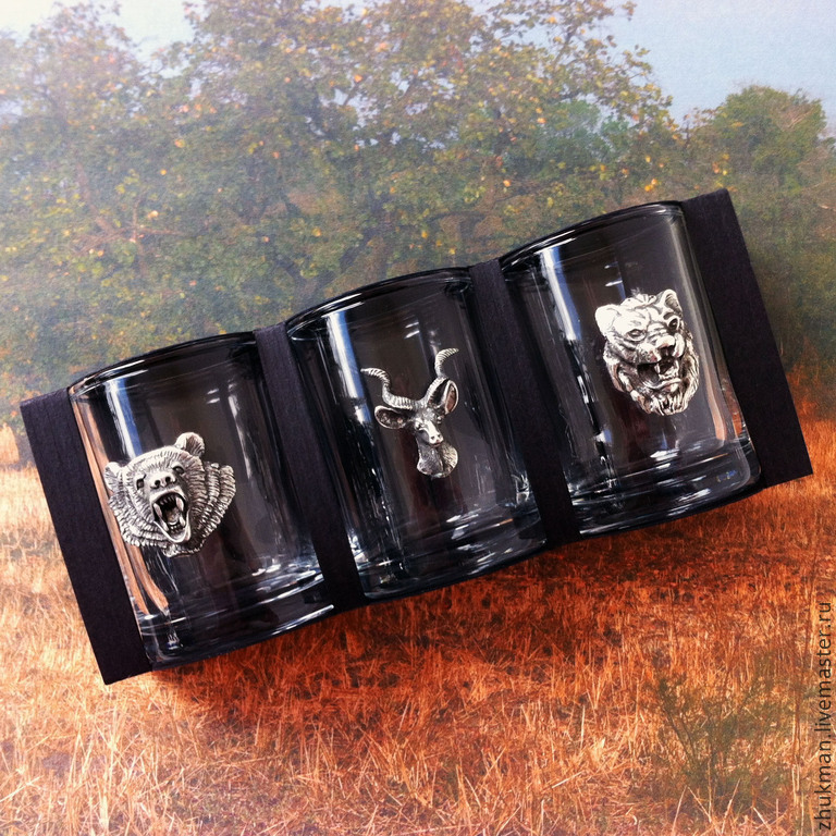 A gift to the Day of defender of the Fatherland. anniversary gift. Gift hunter. A gift for the New year. GLASSES. Stack. glasses. Glasses. dishes. Serving. Leo. Antelope. Bear.