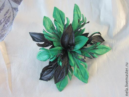 Броши ручной работы. Ярмарка Мастеров - ручная работа. Купить Брошь цветок Лилия. Handmade. Ярко-зелёный, украшение
