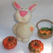 Куклы и игрушки ручной работы. Ярмарка Мастеров - ручная работа кролик валянный Хрумочкин. Handmade.