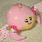 """Куклы и игрушки ручной работы. Ярмарка Мастеров - ручная работа Игольница-браслет """"Куколка Принцесска"""". Handmade."""
