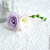 Свадебный салон ручной работы. Ярмарка Мастеров - ручная работа Шпилька свадебная Фрезия и роза. Холодный фарфор. Handmade.