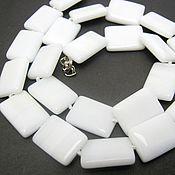 """Колье ручной работы. Ярмарка Мастеров - ручная работа Бусы из натурального камня""""Белый агат"""". Handmade."""
