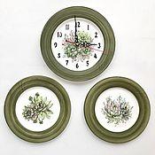 Посуда handmade. Livemaster - original item Porcelain painting Clock and plates on the wall Succulents. Handmade.