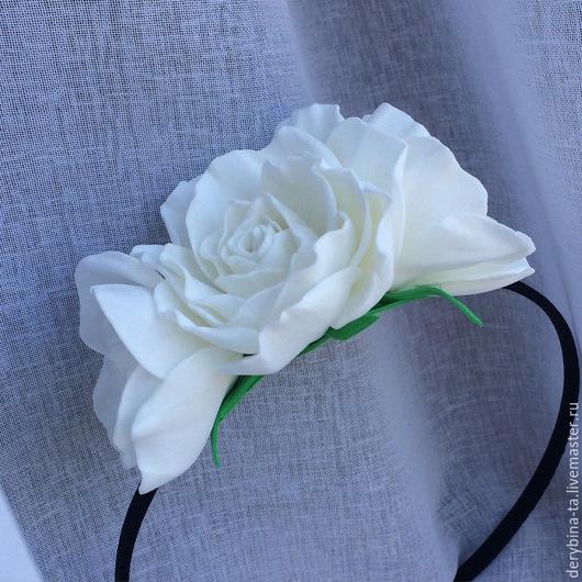 Диадемы, обручи ручной работы. Ярмарка Мастеров - ручная работа. Купить Белые розы из фоамирана. Ободок из белых роз.. Handmade.