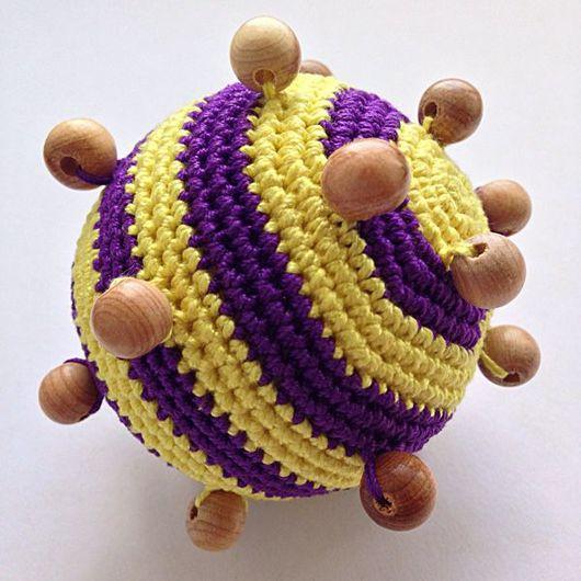 Развивающие игрушки ручной работы. Ярмарка Мастеров - ручная работа. Купить Развивающая игрушка-погремушка тактильный мячик, полосатый. Handmade.