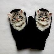 Аксессуары handmade. Livemaster - original item Mittens with kittens. Handmade.
