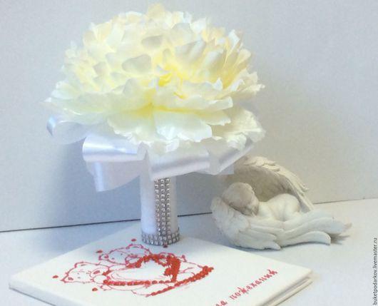 """Свадебные цветы ручной работы. Ярмарка Мастеров - ручная работа. Купить Букет дублер"""" Пион"""" ( белый). Handmade. Белый"""