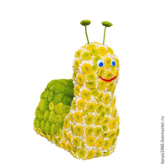 Букеты ручной работы. Ярмарка Мастеров - ручная работа. Купить Игрушка из цветов - Веселая улитка. Handmade. Желтый, игрушки из цветов