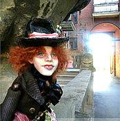 Куклы и игрушки ручной работы. Ярмарка Мастеров - ручная работа Кукла Безумный Шляпник. Алиса в стране чудес. Handmade.