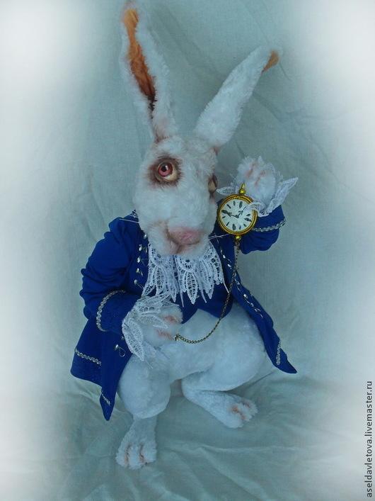 Сказочные персонажи ручной работы. Ярмарка Мастеров - ручная работа. Купить Мартовский заяц. Handmade. Белый, проволочный каркас